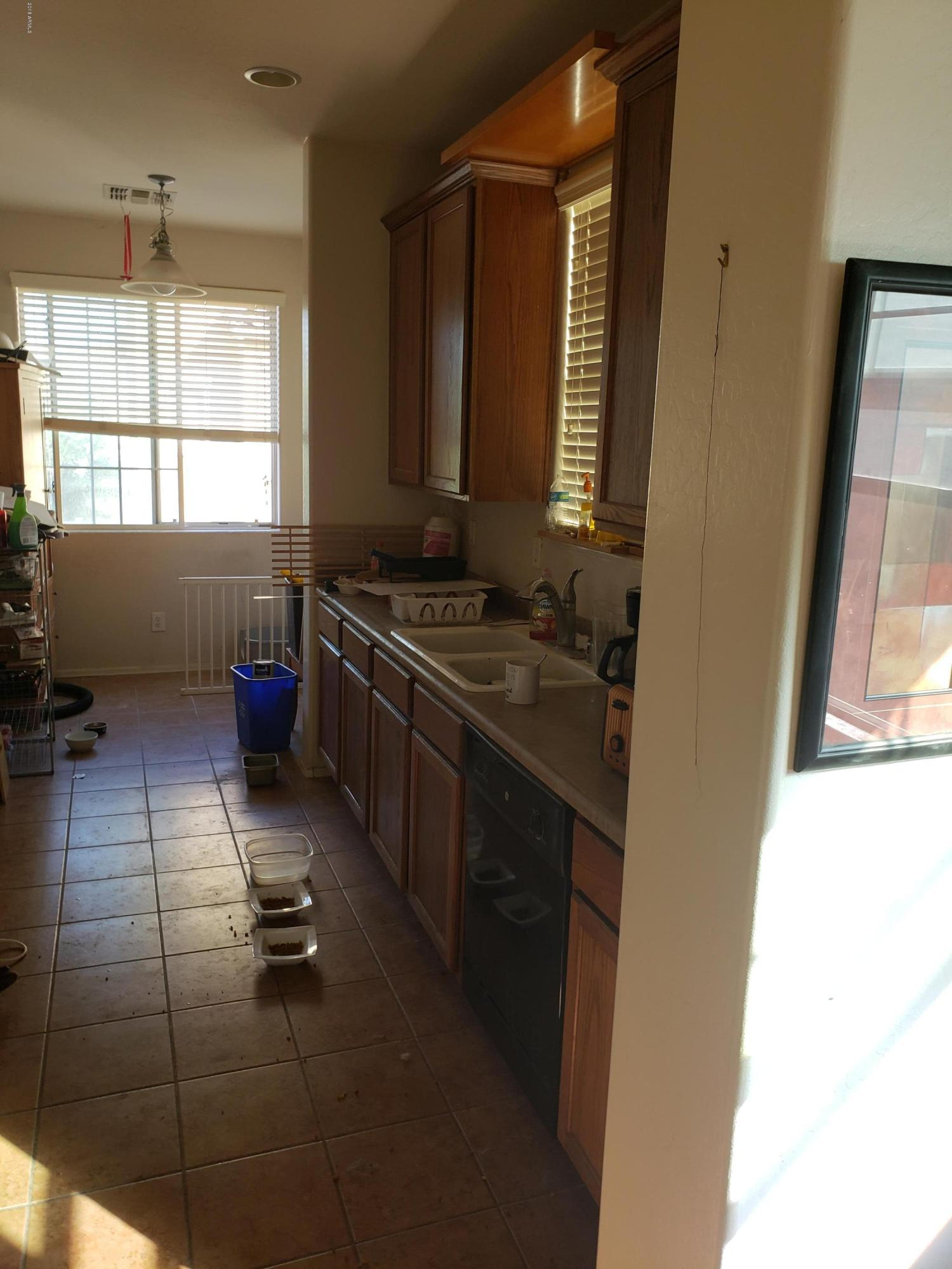2042 N 78TH Glen Phoenix, AZ 85035 - MLS #: 5852334