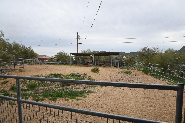MLS 5852200 2401 W ROUGHRIDER Road, New River, AZ New River AZ Equestrian