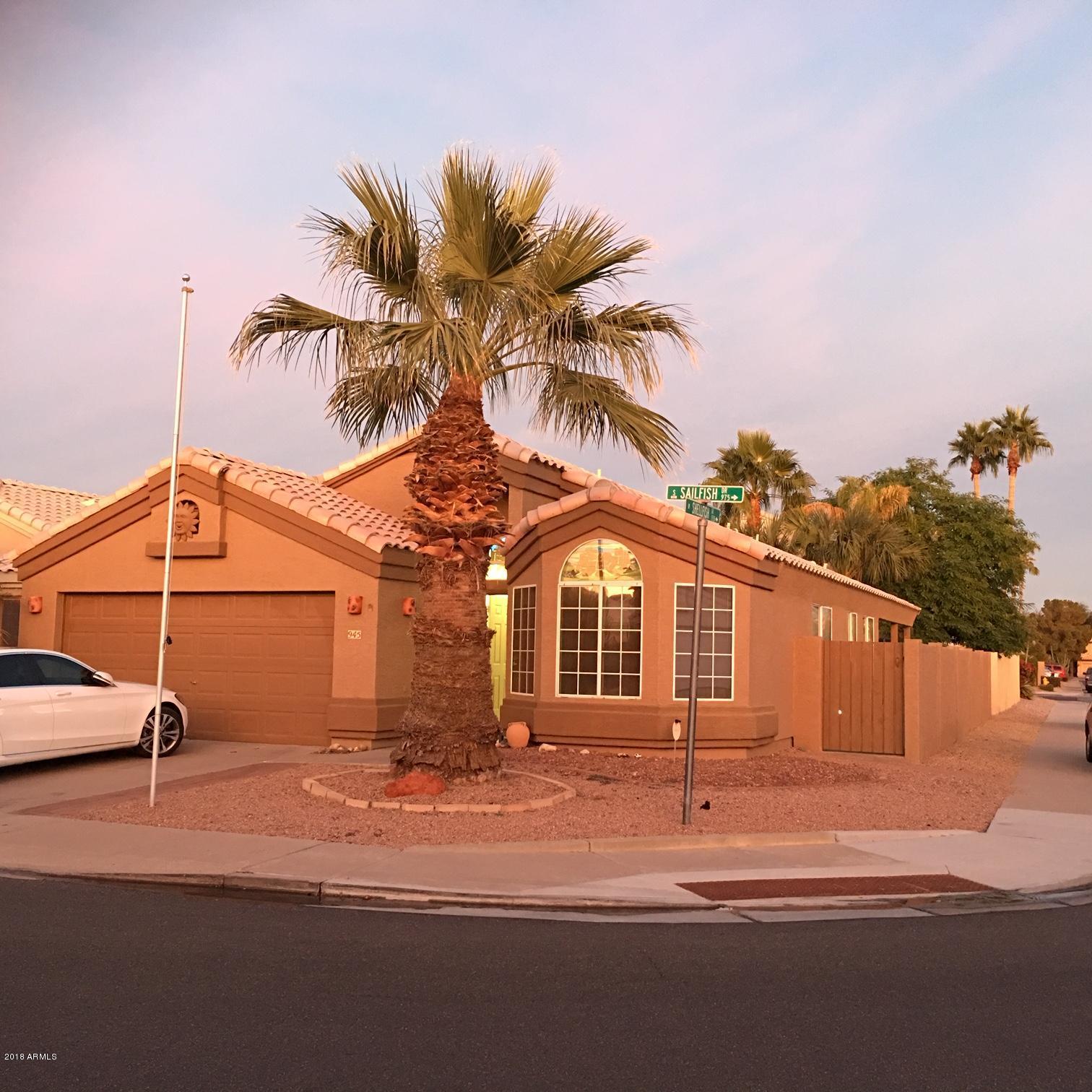 Photo of 945 S SAILFISH Drive, Gilbert, AZ 85233