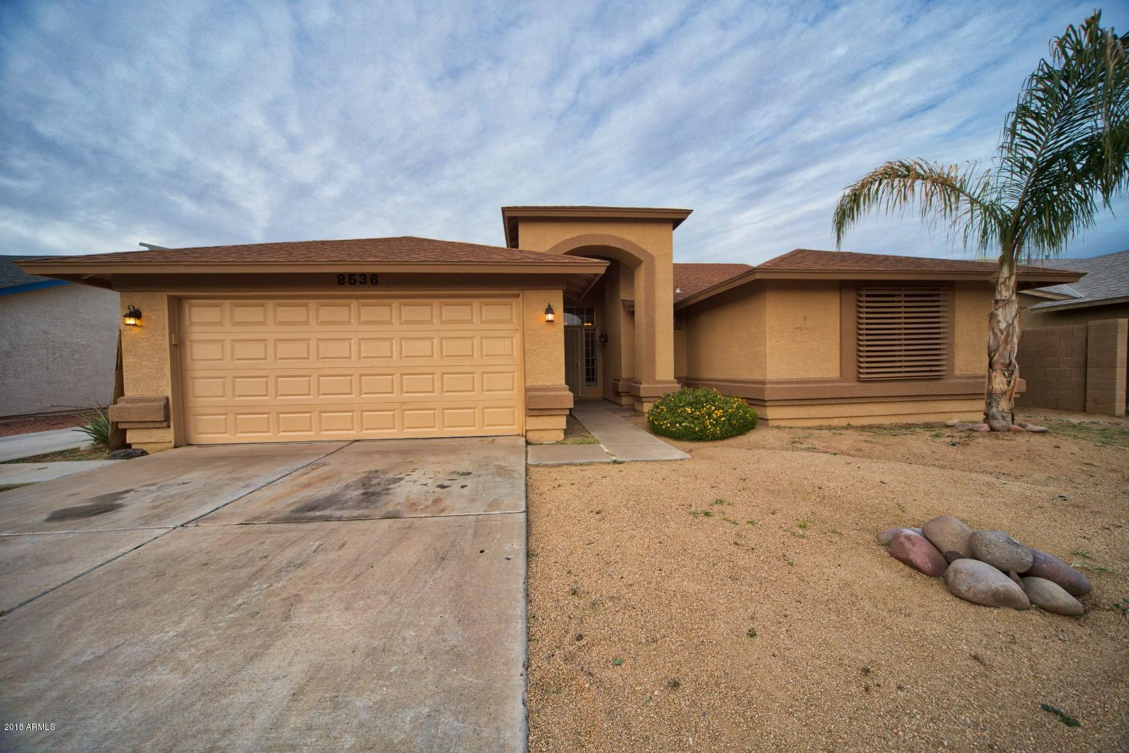8536 W OCOTILLO Road Photo 2
