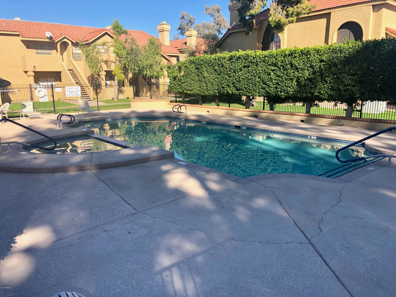 MLS 5852461 1126 W ELLIOT Road Unit 2003, Chandler, AZ Chandler AZ Community Pool