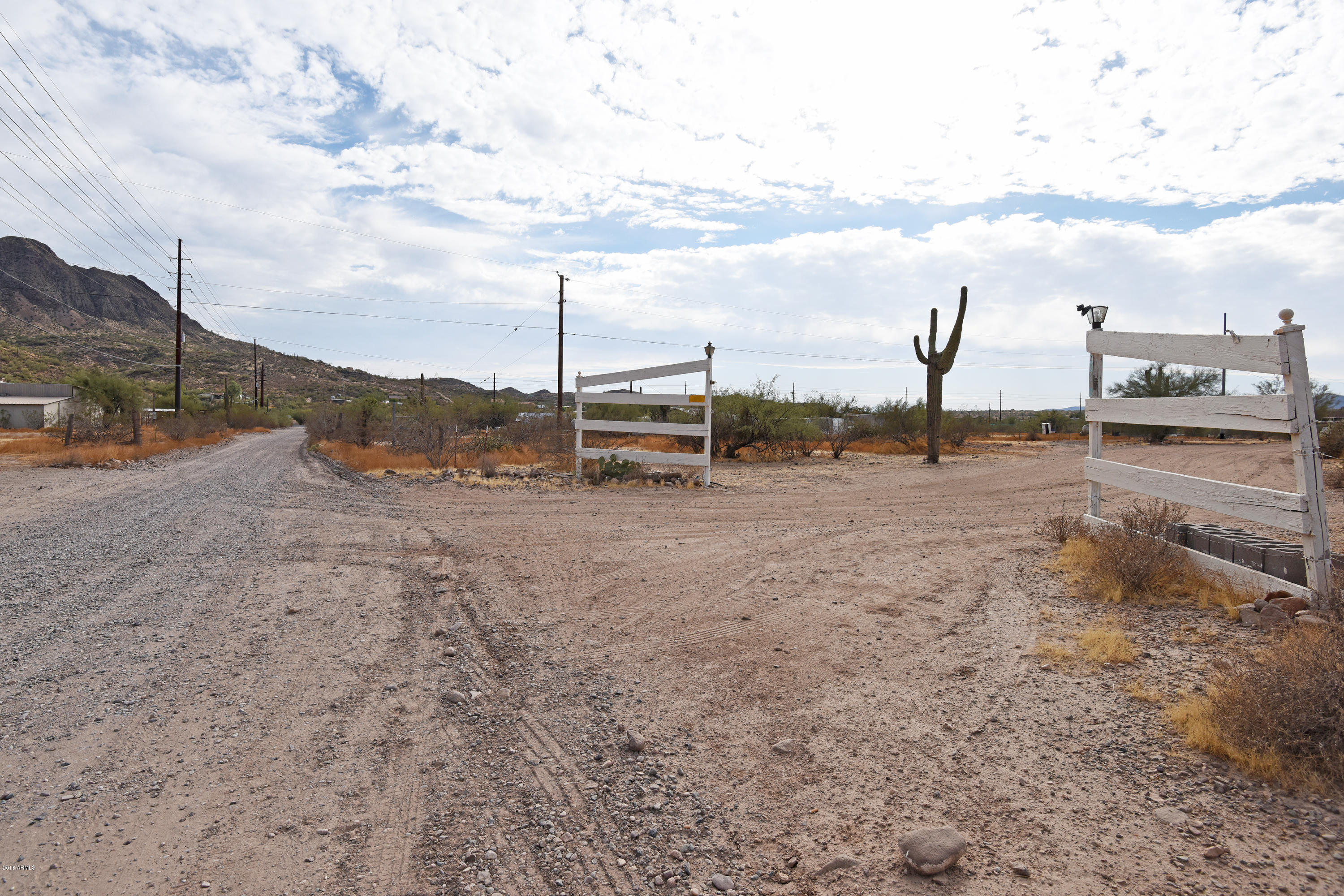 MLS 5852632 48016 N Coyote Pass Road, New River, AZ 85087 New River AZ Three Bedroom