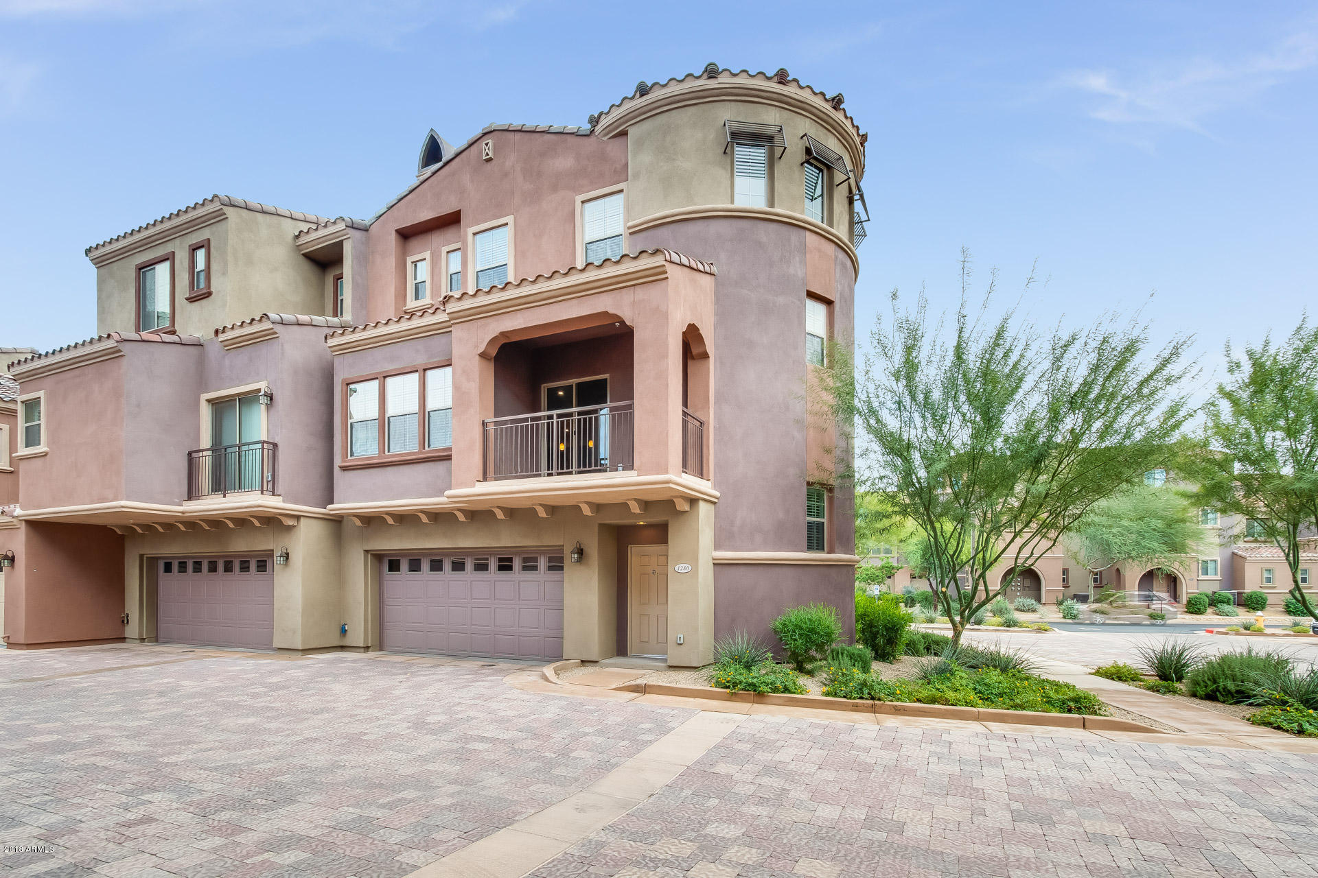 Photo of 3935 E ROUGH RIDER Road #1280, Phoenix, AZ 85050