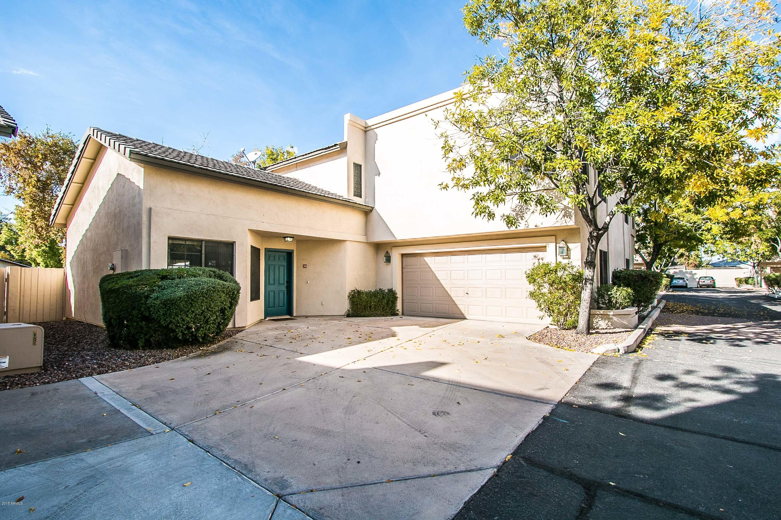 Photo of 1124 E ROSE Lane #16, Phoenix, AZ 85014