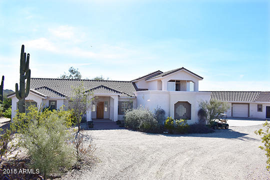 Photo of 15639 W PEAK VIEW Road, Surprise, AZ 85387