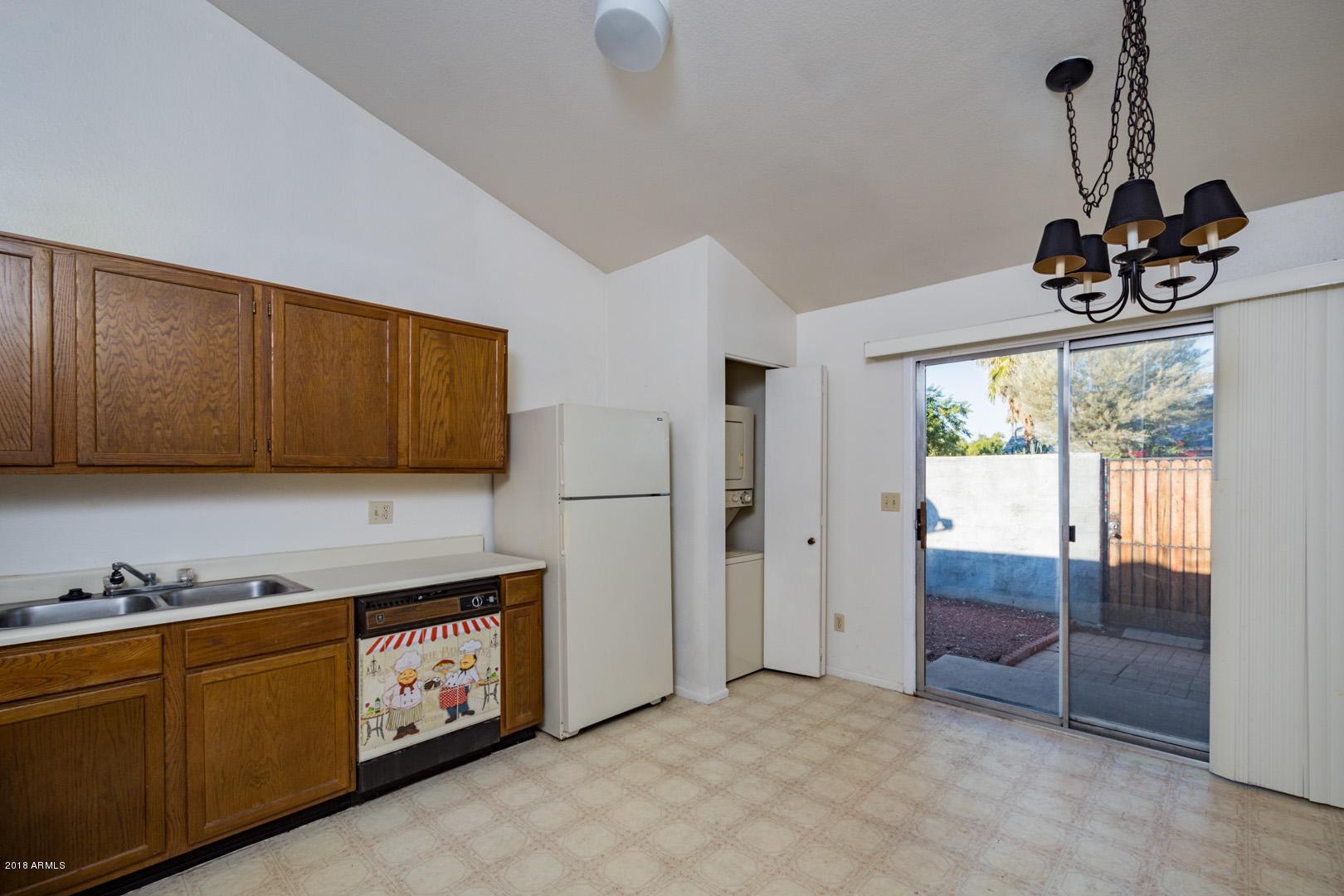 5960 W OREGON Avenue Unit 154 Photo 4