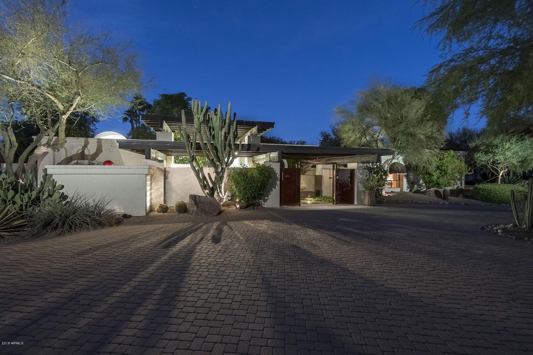 Photo of 6440 E MAVERICK Road, Paradise Valley, AZ 85253