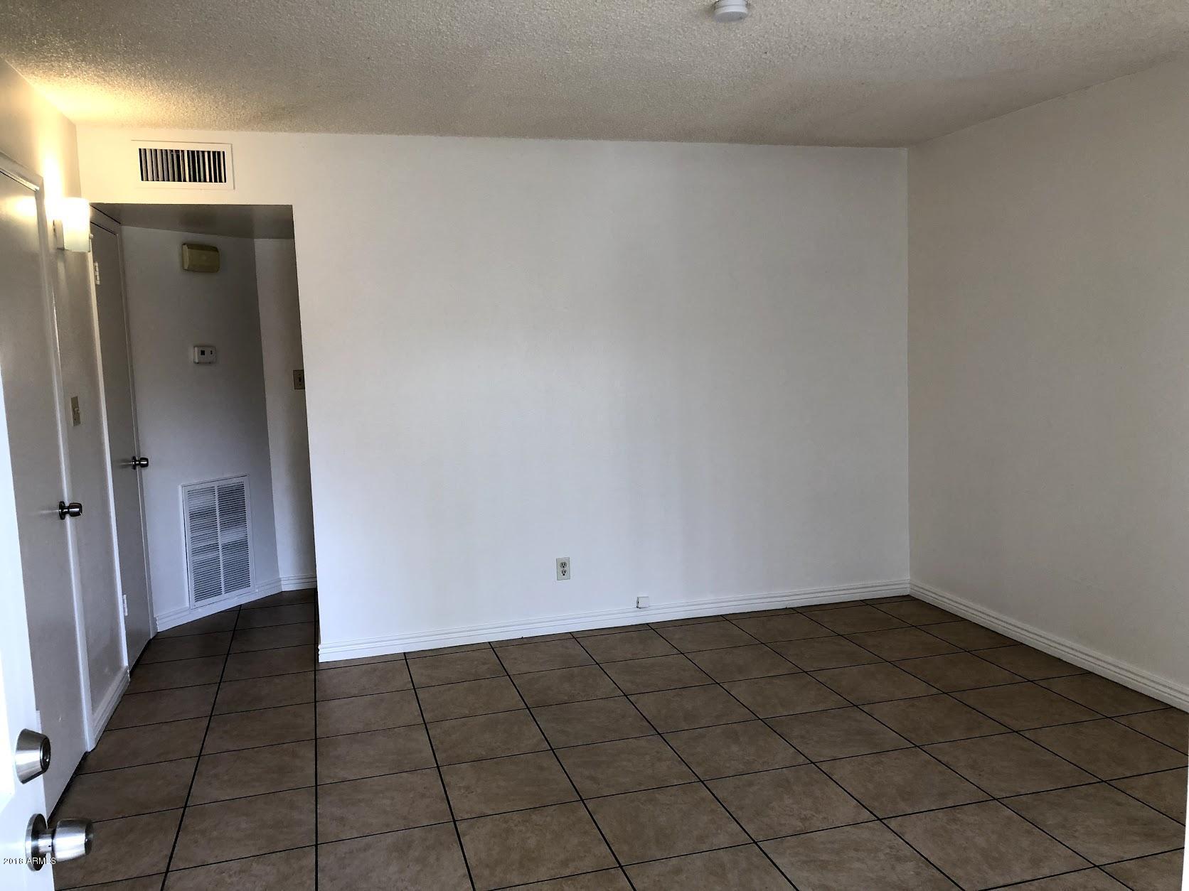 6715 N 44TH Avenue Glendale, AZ 85301 - MLS #: 5853872