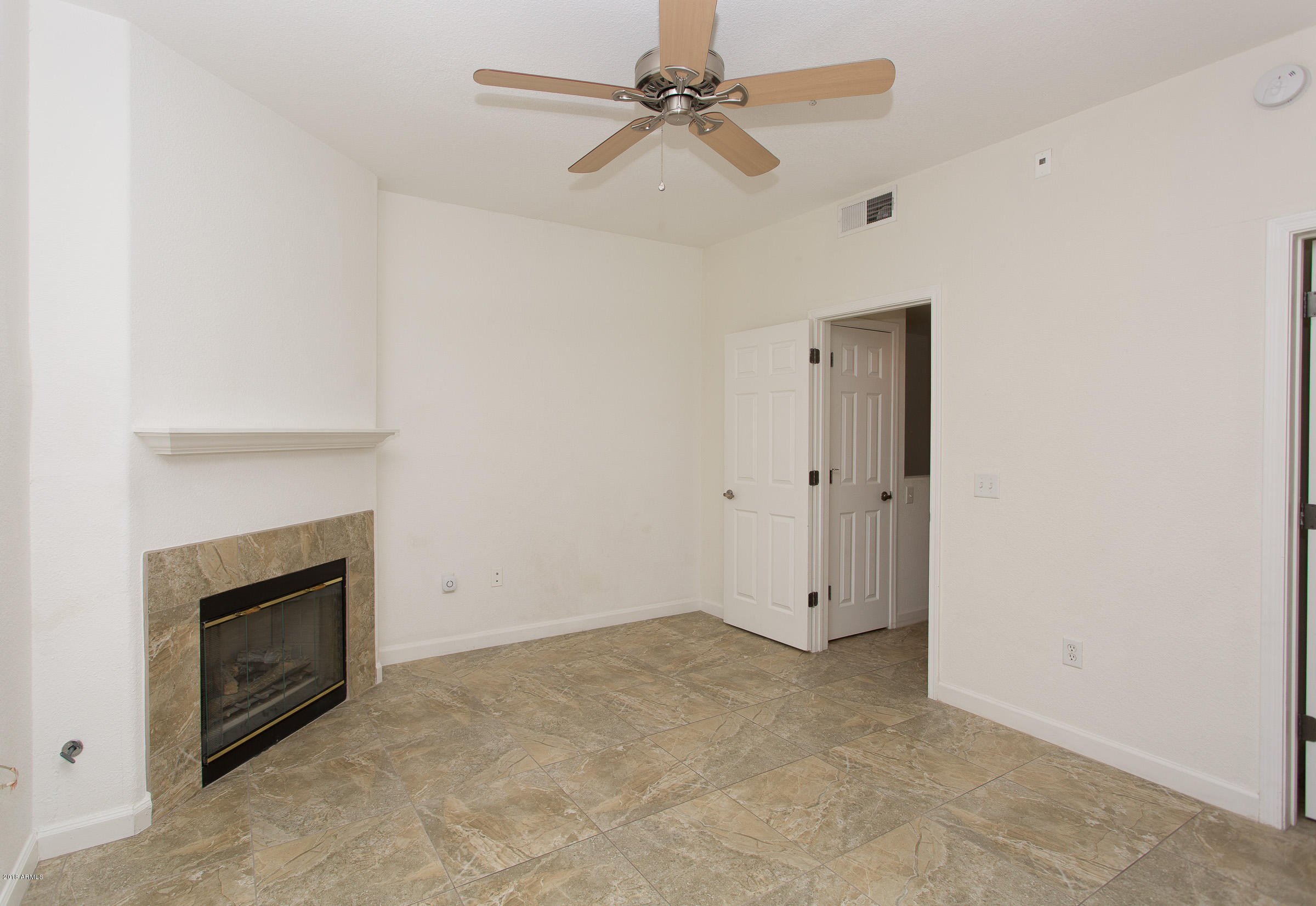 4465 E PARADISE VILLAGE Parkway Unit 1204 Phoenix, AZ 85032 - MLS #: 5853938