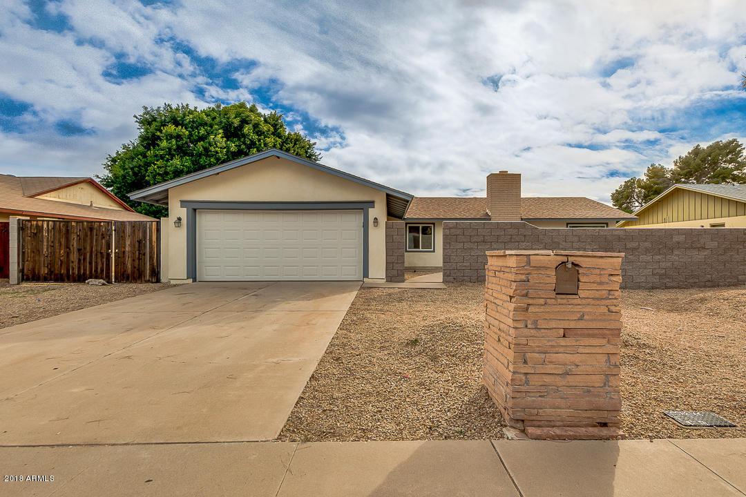 Photo of 609 E LODGE Drive, Tempe, AZ 85283
