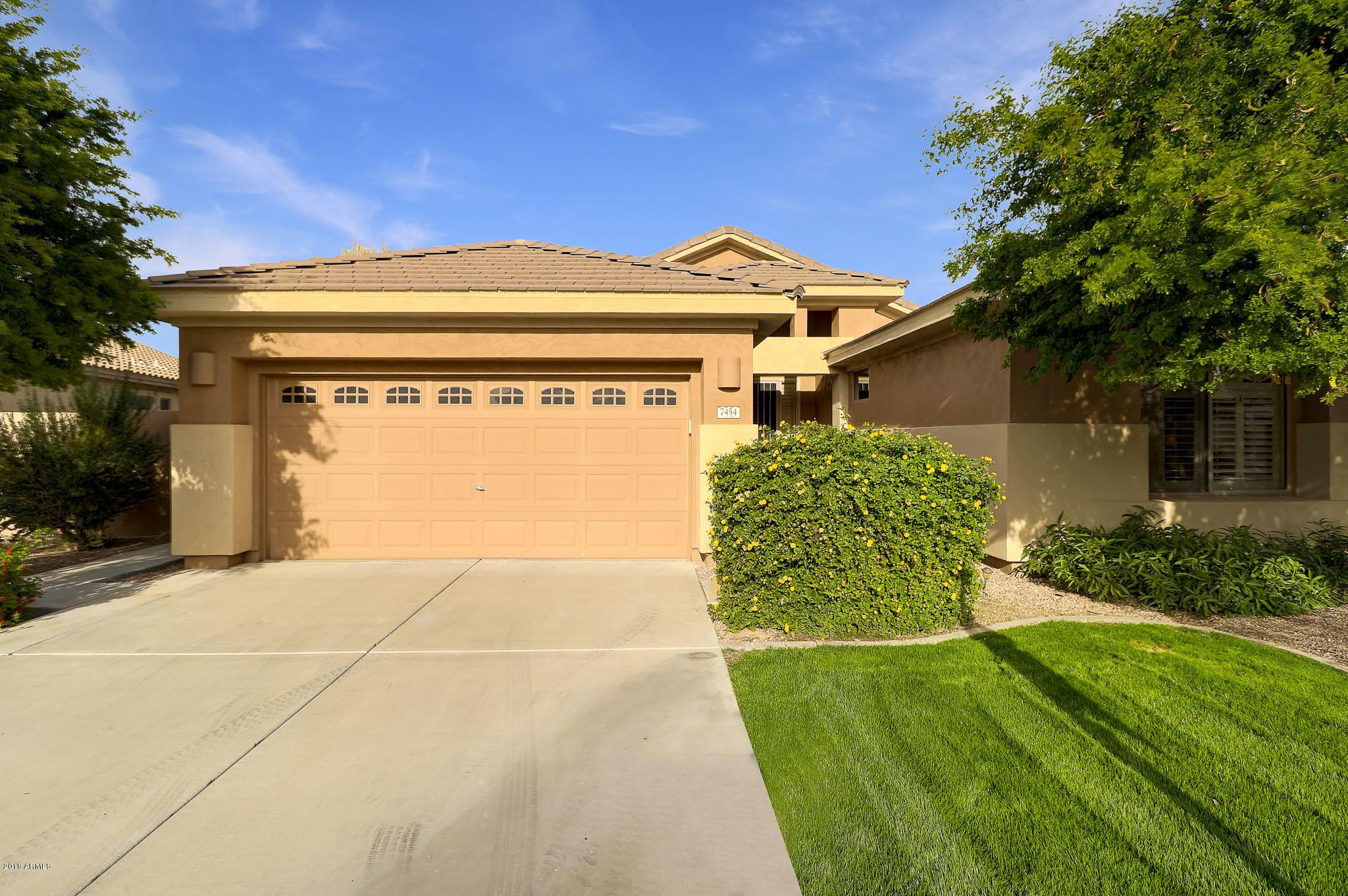 Photo of 7454 E NORA Street, Mesa, AZ 85207