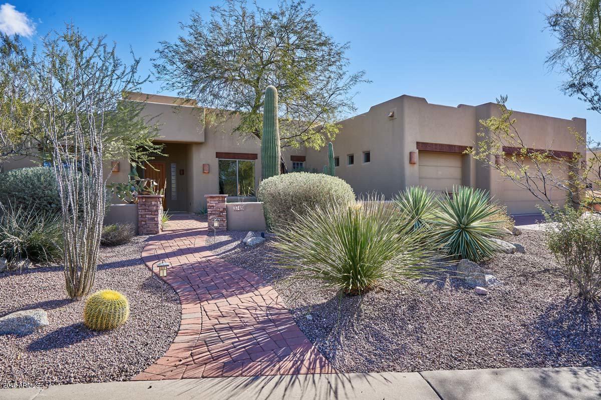 Photo of 3749 N ROWEN --, Mesa, AZ 85207