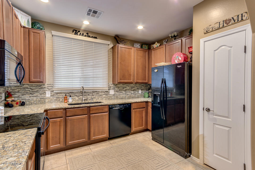 1065 S NANCY Lane Gilbert, AZ 85296 - MLS #: 5855250