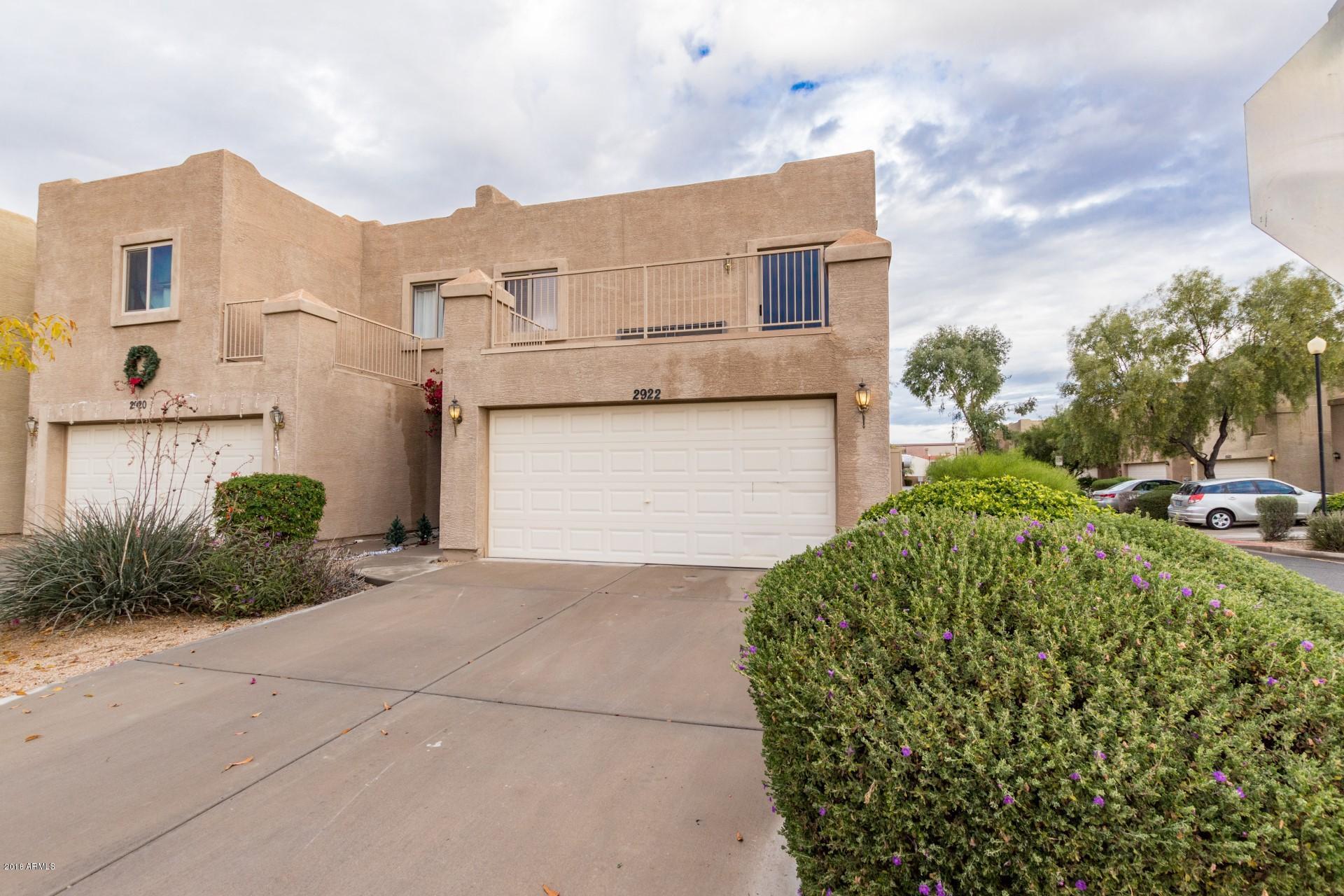 Photo of 2922 E EBERLE Lane, Phoenix, AZ 85032