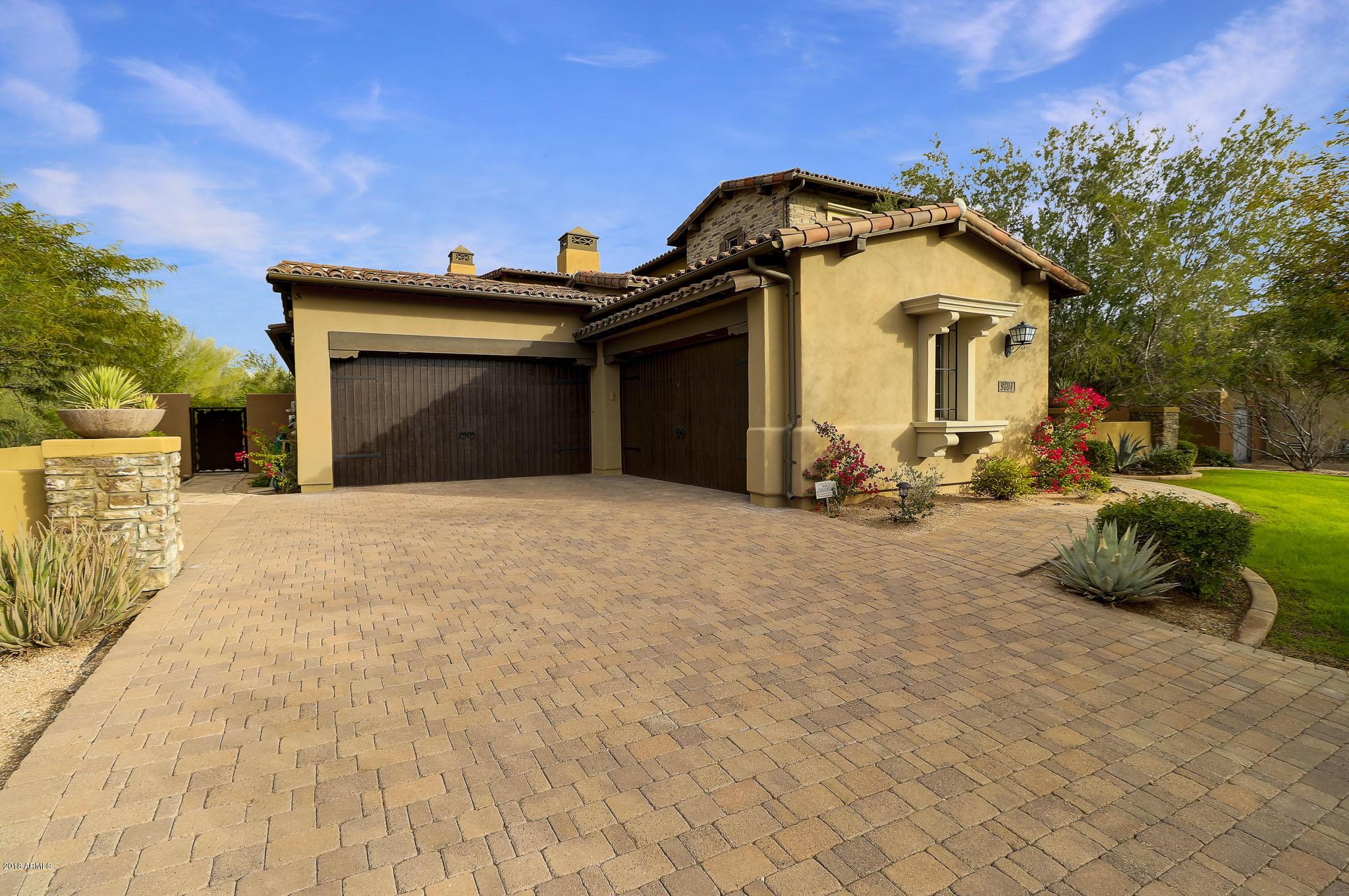 Photo of 9604 E DIAMOND RIM Drive, Scottsdale, AZ 85255