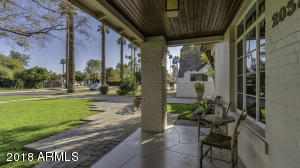 2038 N 11Th Ave-11