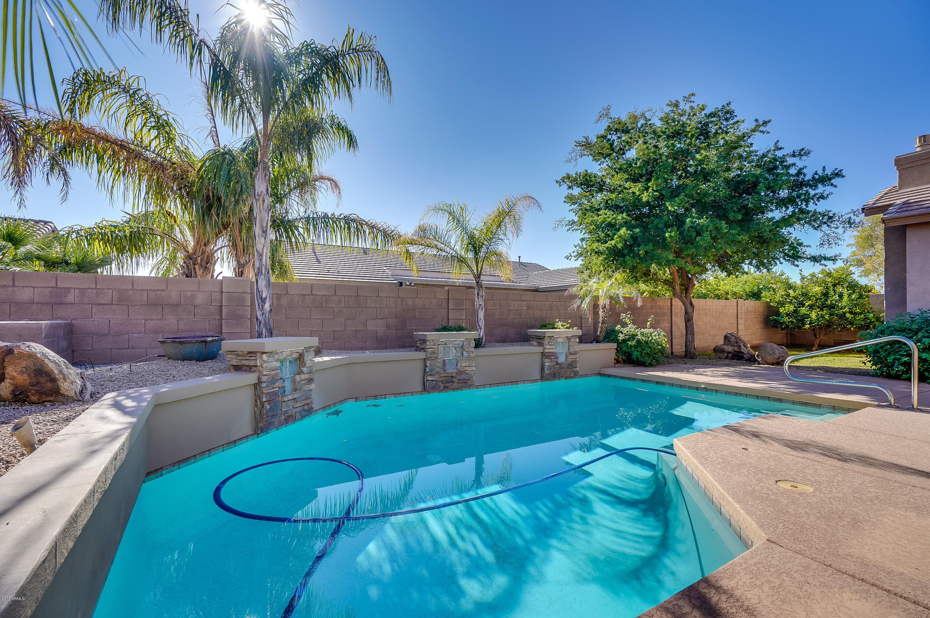 Photo of 4535 W FALLEN LEAF Lane, Glendale, AZ 85310