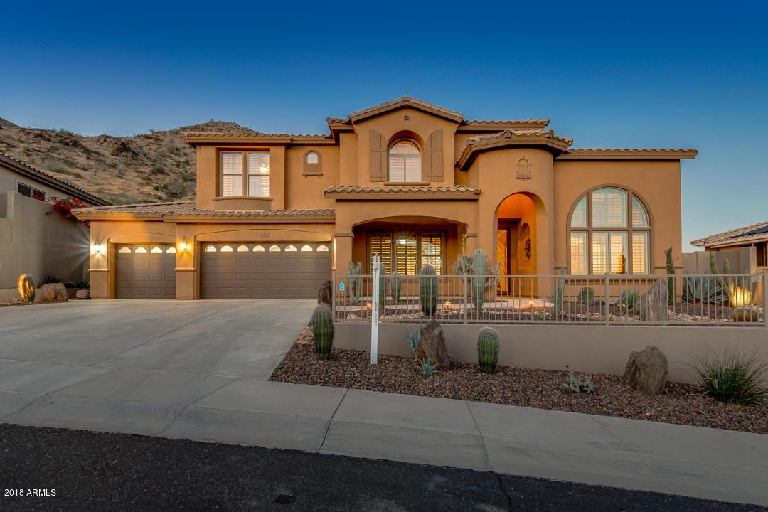2910 W AMBERWOOD Drive, Phoenix AZ 85045