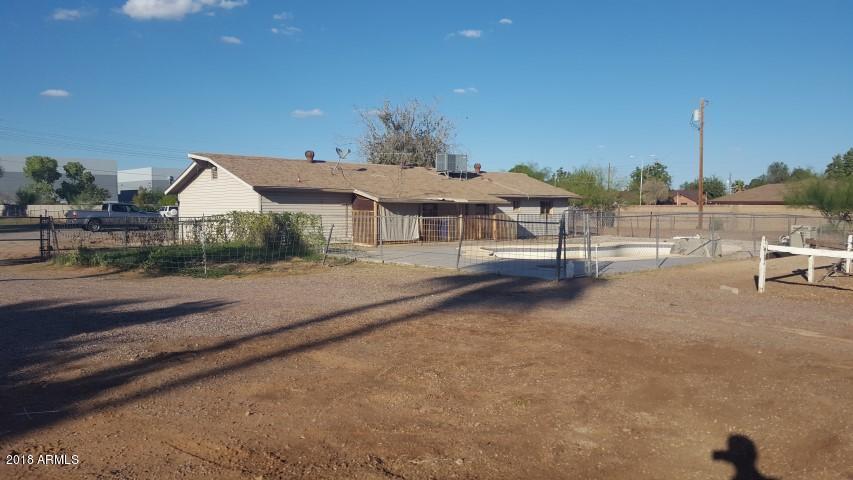 MLS 5857043 373 E TREMAINE Drive, Chandler, AZ 85225 Chandler AZ Bank Owned