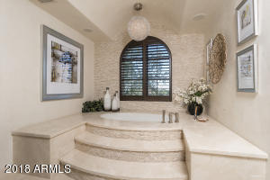 Master Retreat Bath