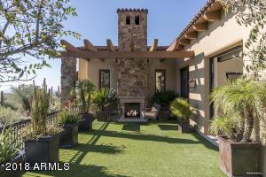 Private Master Terrace with Zen Garden