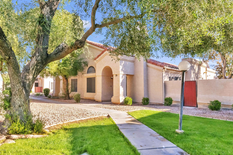 Photo of 1111 W SUMMIT Place #79, Chandler, AZ 85224
