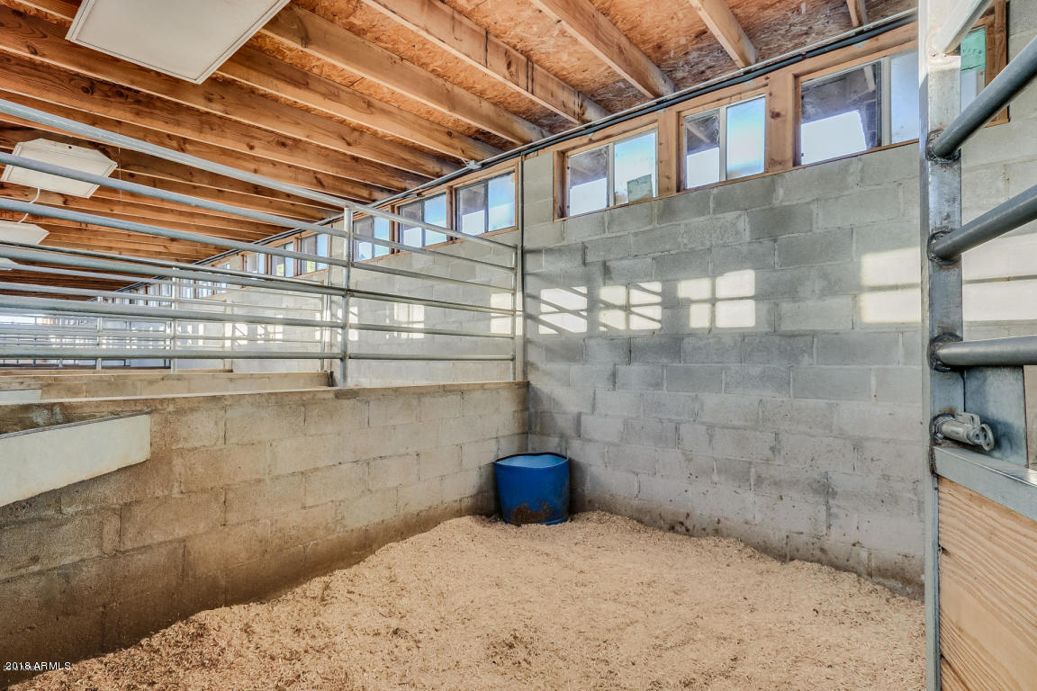 MLS 5857803 2553 W EL ALBA Way, Chandler, AZ 85224 Horse Property