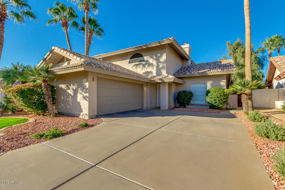 Photo of 336 S MEADOWS Drive, Chandler, AZ 85224