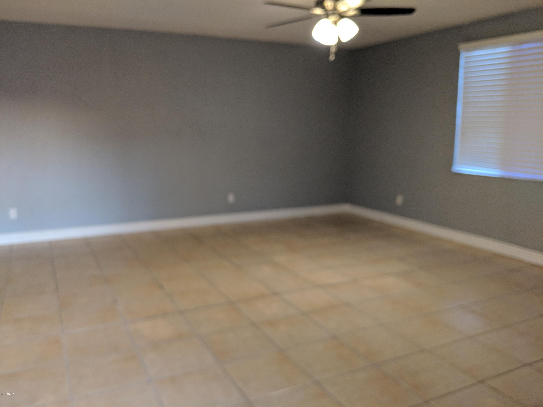 8008 W MACKENZIE Drive Phoenix, AZ 85033 - MLS #: 5859316