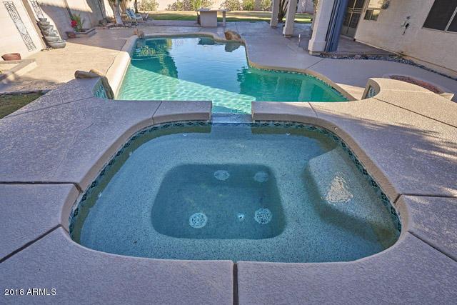 MLS 5850235 1564 E STIRRUP Court, Gilbert, AZ Silverstone Ranch in Gilbert