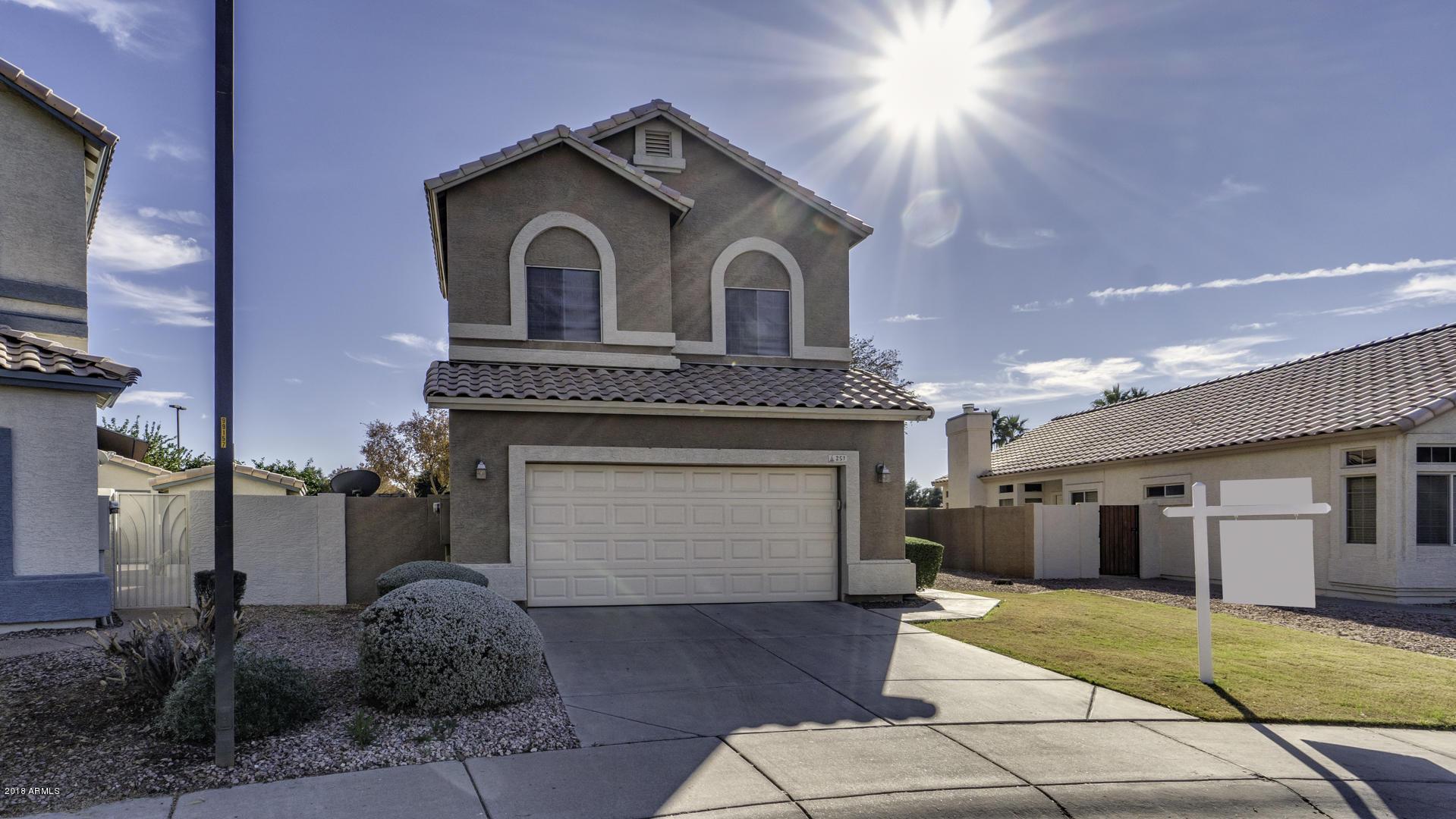 Photo of 251 W AMOROSO Drive, Gilbert, AZ 85233