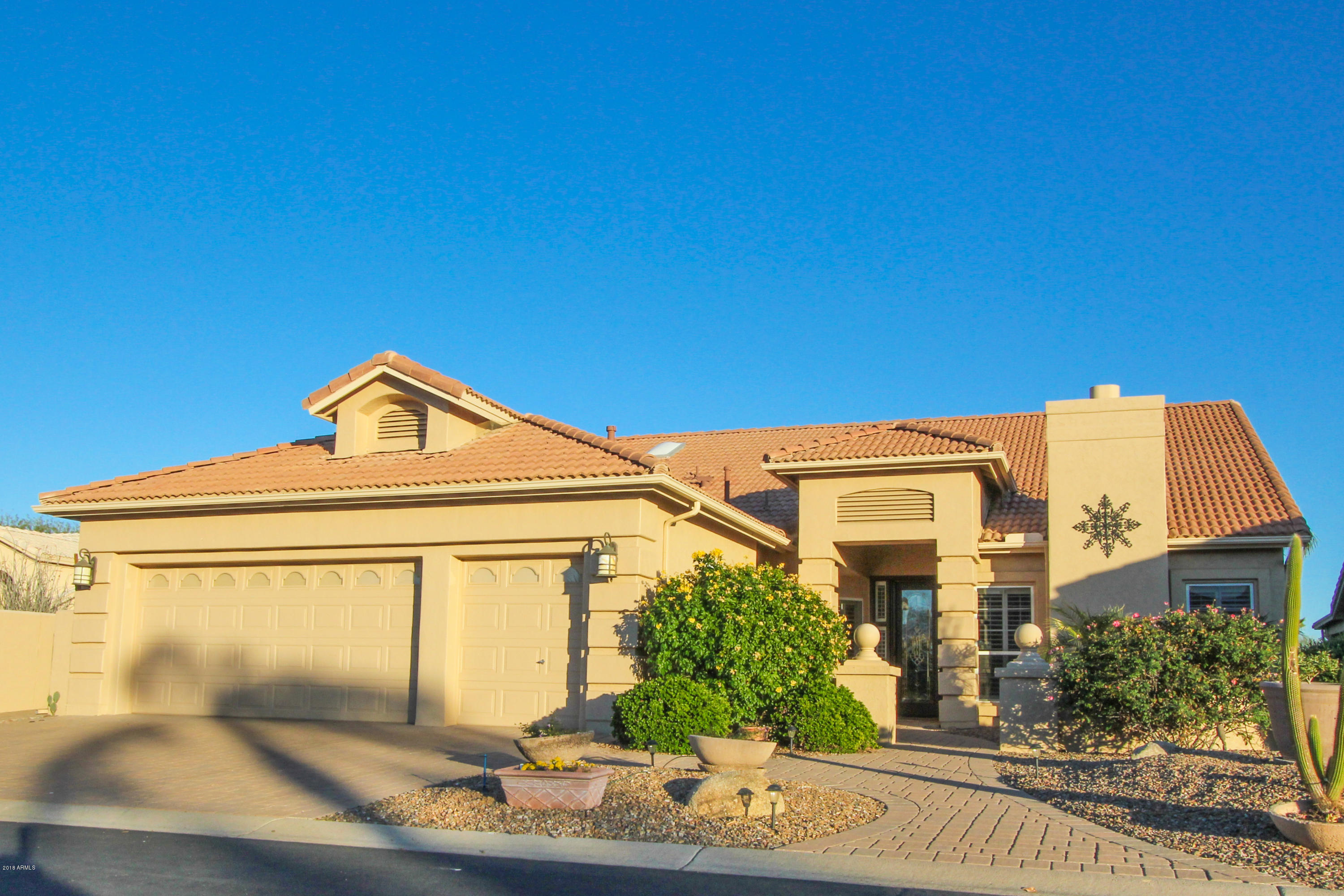 Photo of 23813 S ANGORA Court, Sun Lakes, AZ 85248