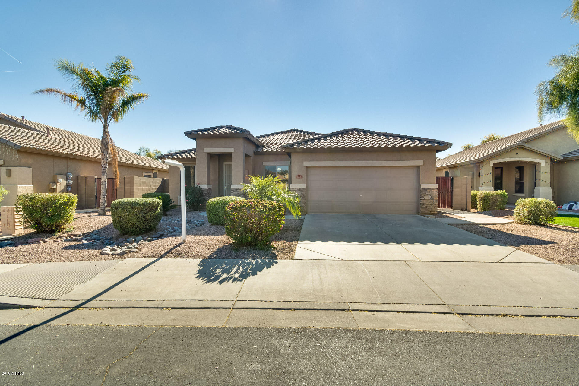 Photo of 4385 E CHERRY HILLS Drive, Chandler, AZ 85249