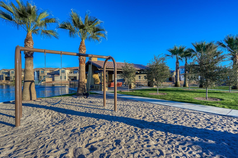 MLS 5861815 937 W YOSEMITE Drive, Chandler, AZ 85248 Community Pool