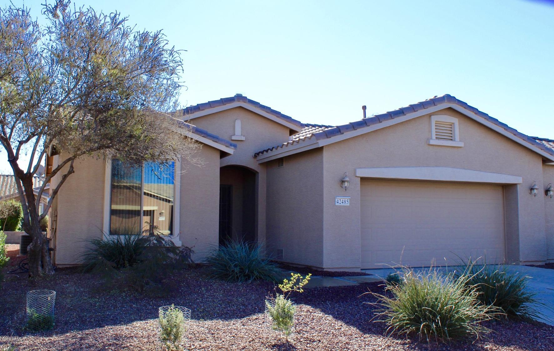 Photo of 42485 W JAWBREAKER Drive, Maricopa, AZ 85138