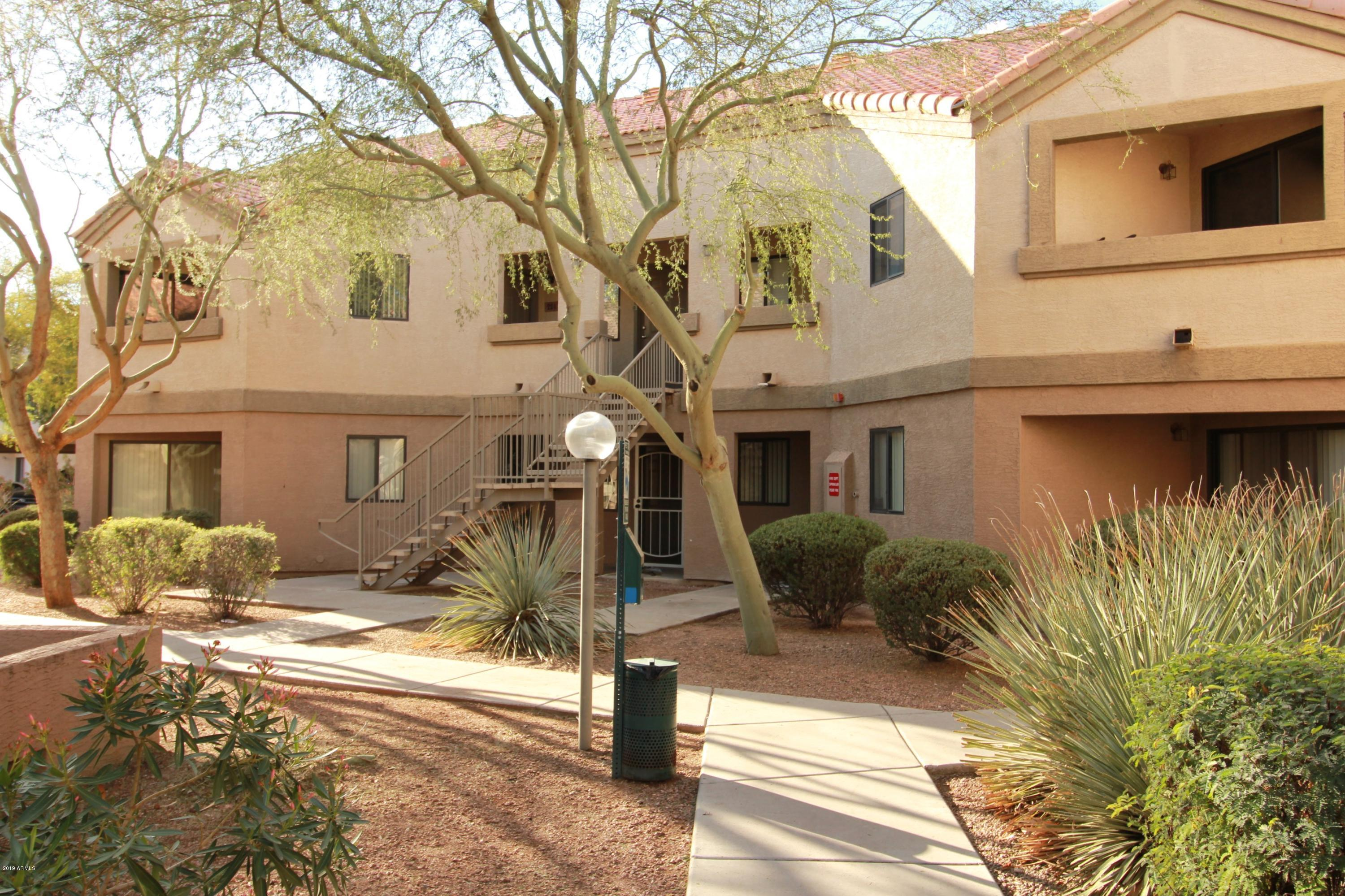 Photo of 1287 N ALMA SCHOOL Road #123, Chandler, AZ 85224