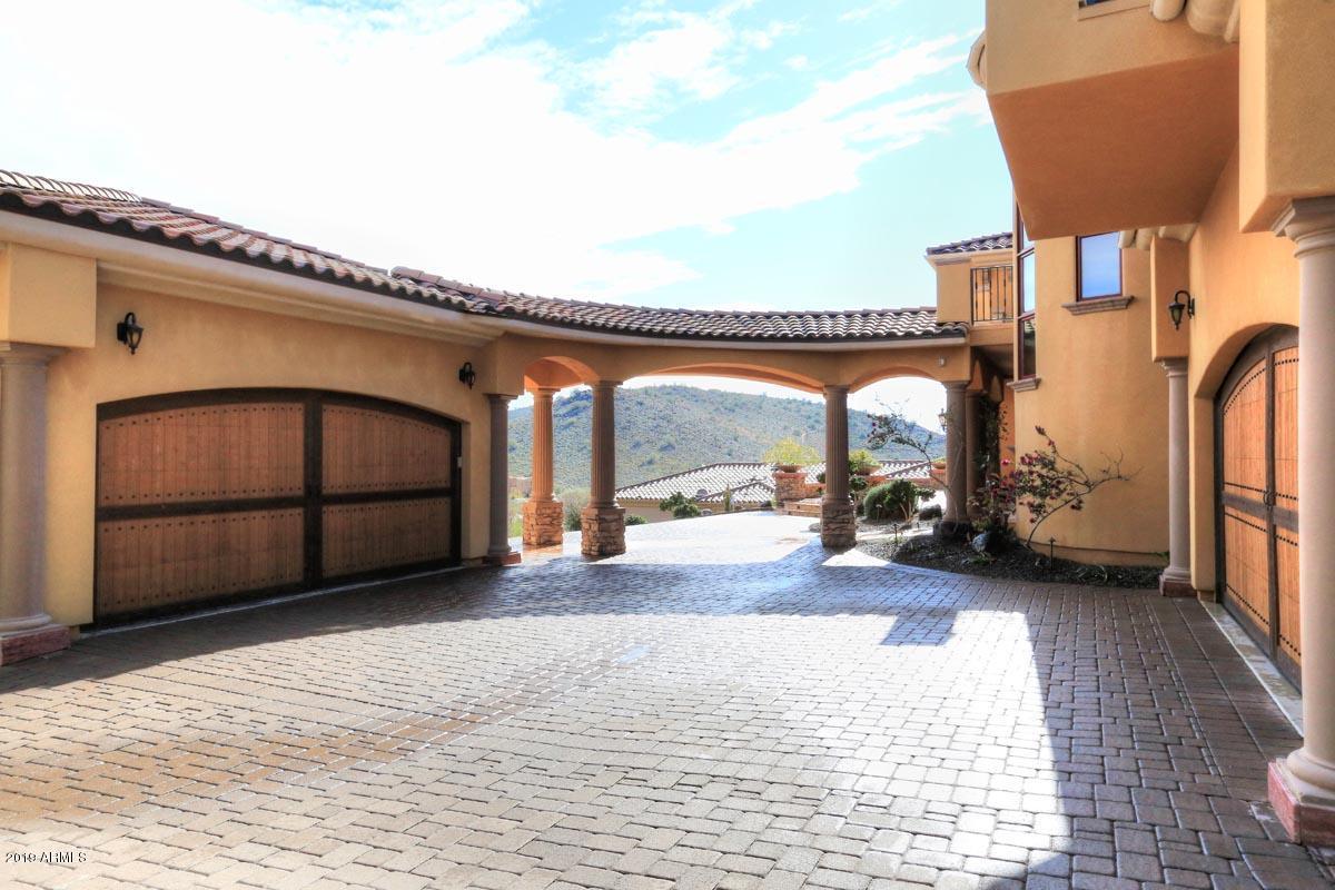 MLS 5865411 24222 N 63RD Drive, Glendale, AZ 85310 Glendale AZ Cul-De-Sac