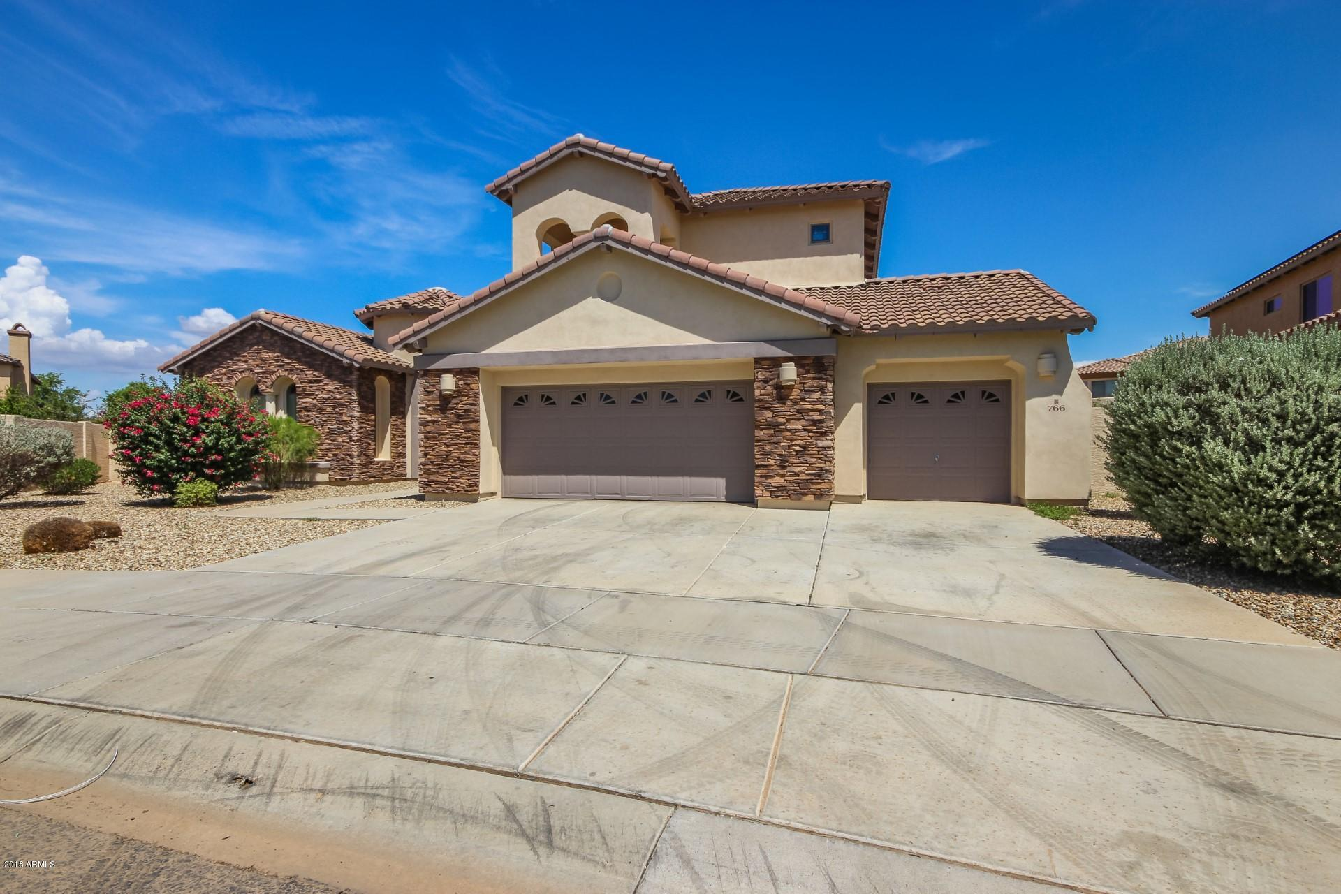 Photo of 766 W AZURE Lane, Litchfield Park, AZ 85340