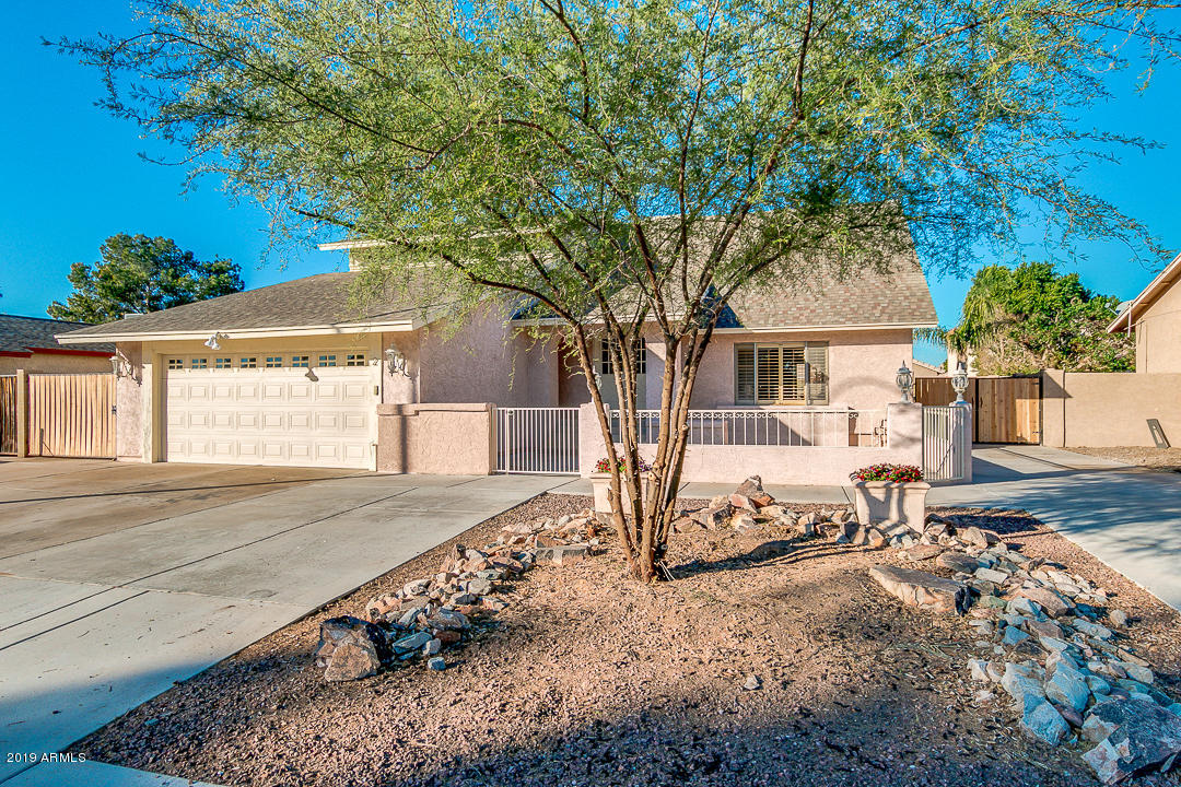 Photo of 20 N TERRACE Road, Chandler, AZ 85226