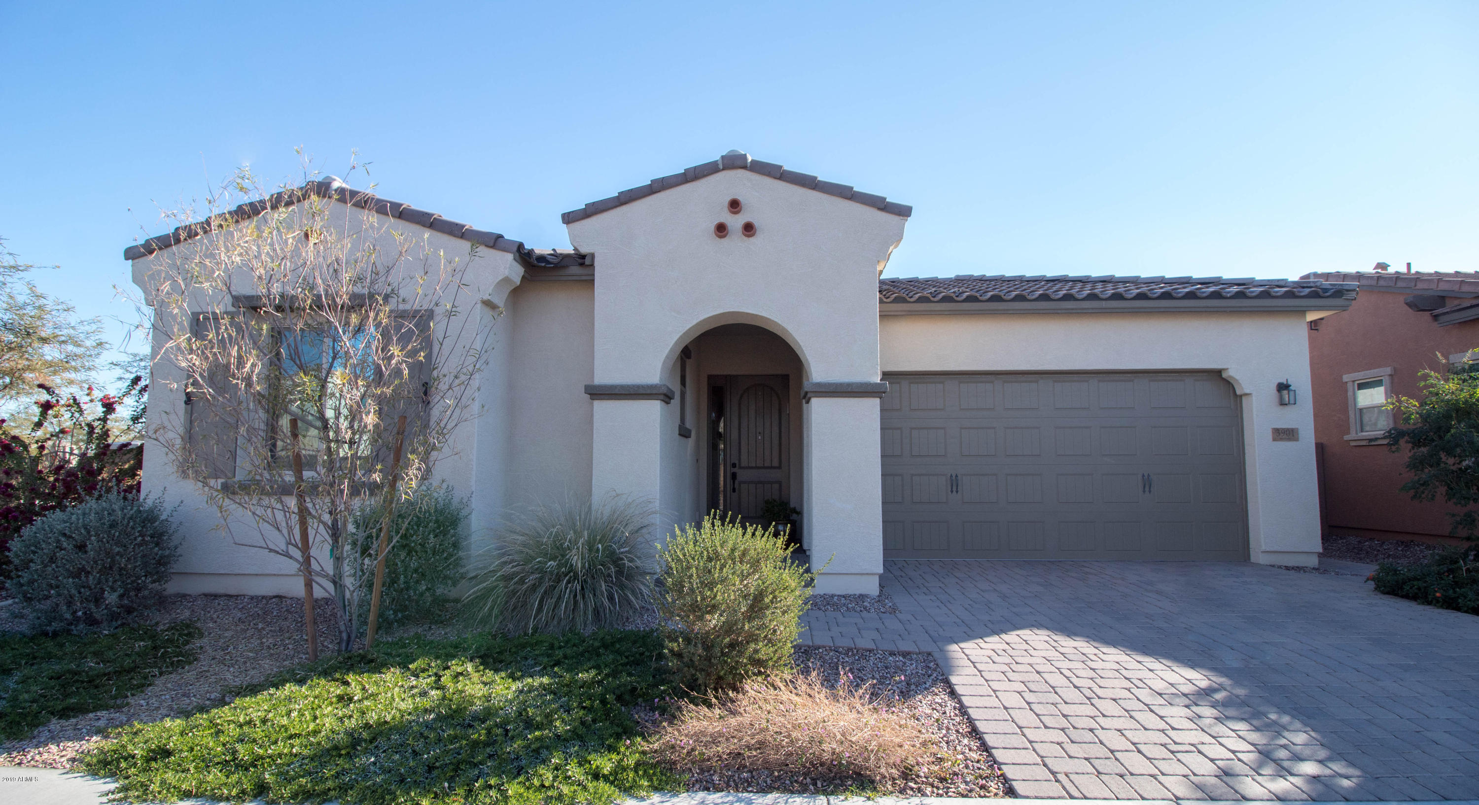 Photo of 3901 S SCOTT Drive, Chandler, AZ 85286