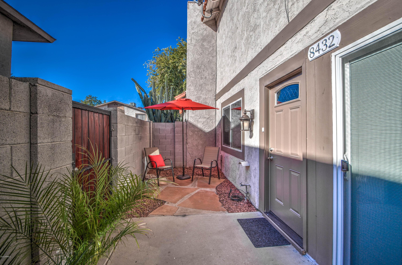 Photo of 8432 E ROOSEVELT Street, Scottsdale, AZ 85257