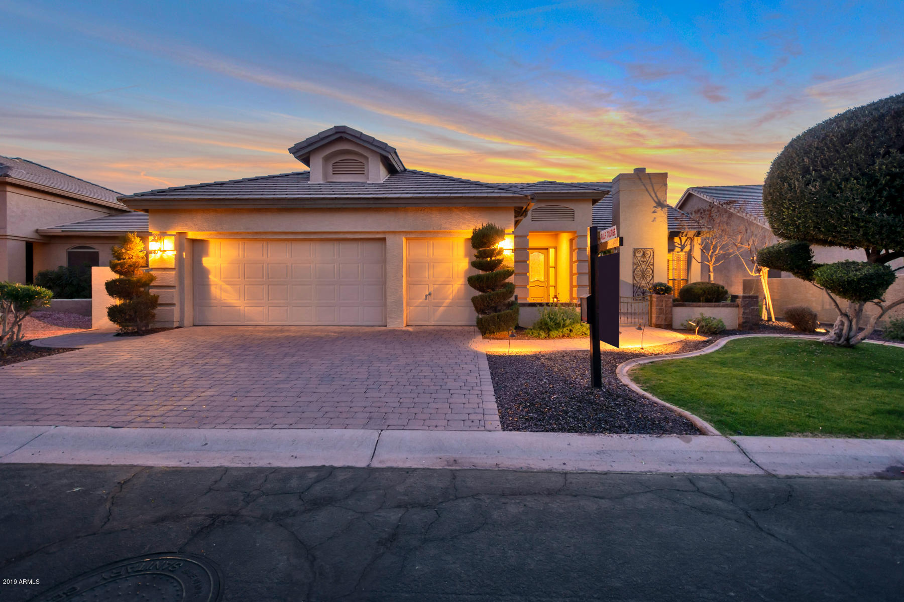 Photo of 9841 E Cedar Waxwing Drive, Sun Lakes, AZ 85248