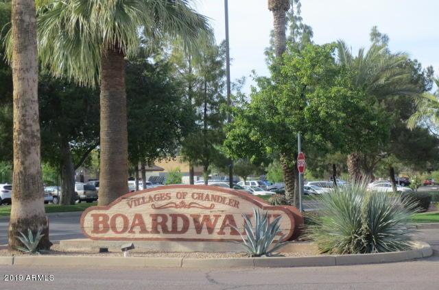 Photo of 1351 N PLEASANT Drive #2037, Chandler, AZ 85225