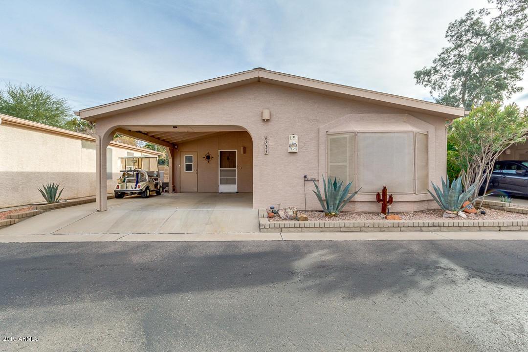 Photo of 6233 S OAKMONT Drive, Chandler, AZ 85249