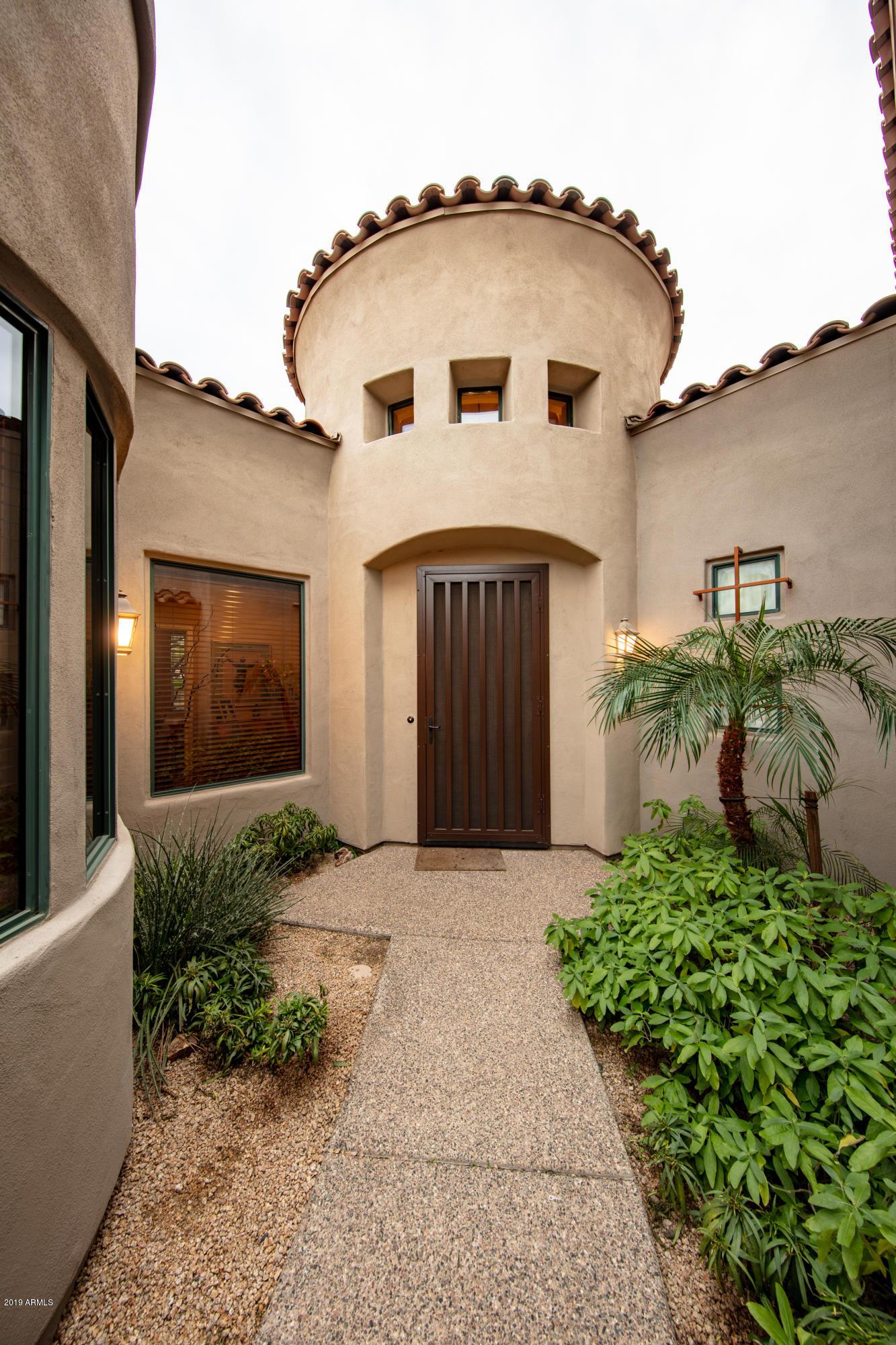 Photo of 19550 N GRAYHAWK Drive #1138, Scottsdale, AZ 85255