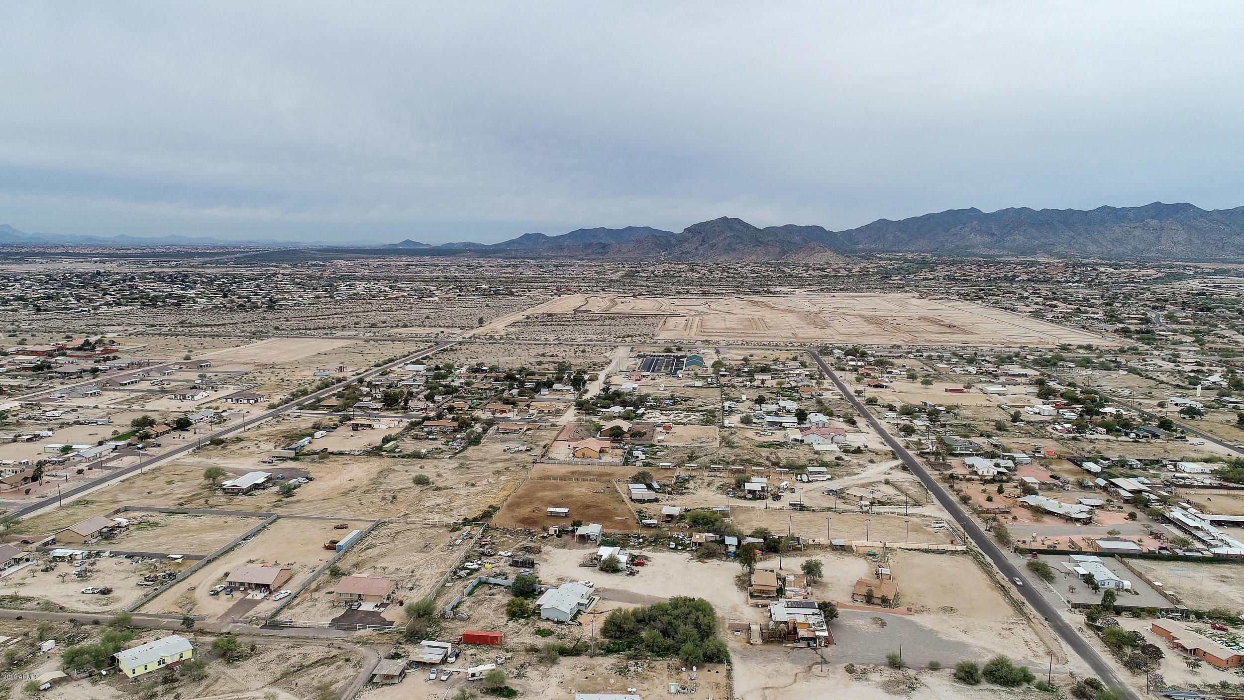 MLS 5864605 3113 N 190TH Drive, Litchfield Park, AZ 85340 Litchfield Park AZ One Plus Acre Home