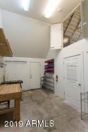 915 W Lynwood workshop