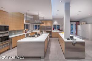 12 Kitchen-Two Islands