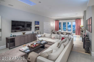 20 Family Room and Dining