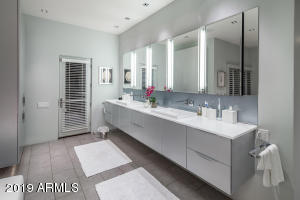 22 Master Bath with Roburn Mirrors